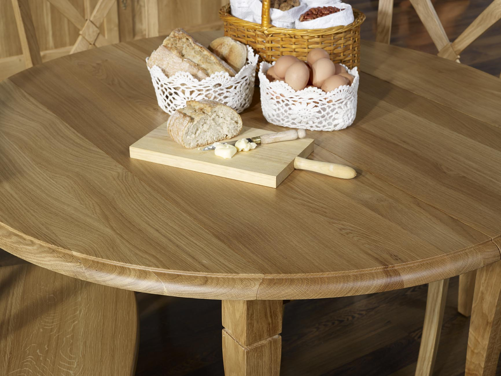 Table ronde volets diam tre 110 en ch ne massif de style - Table ronde 110 cm ...