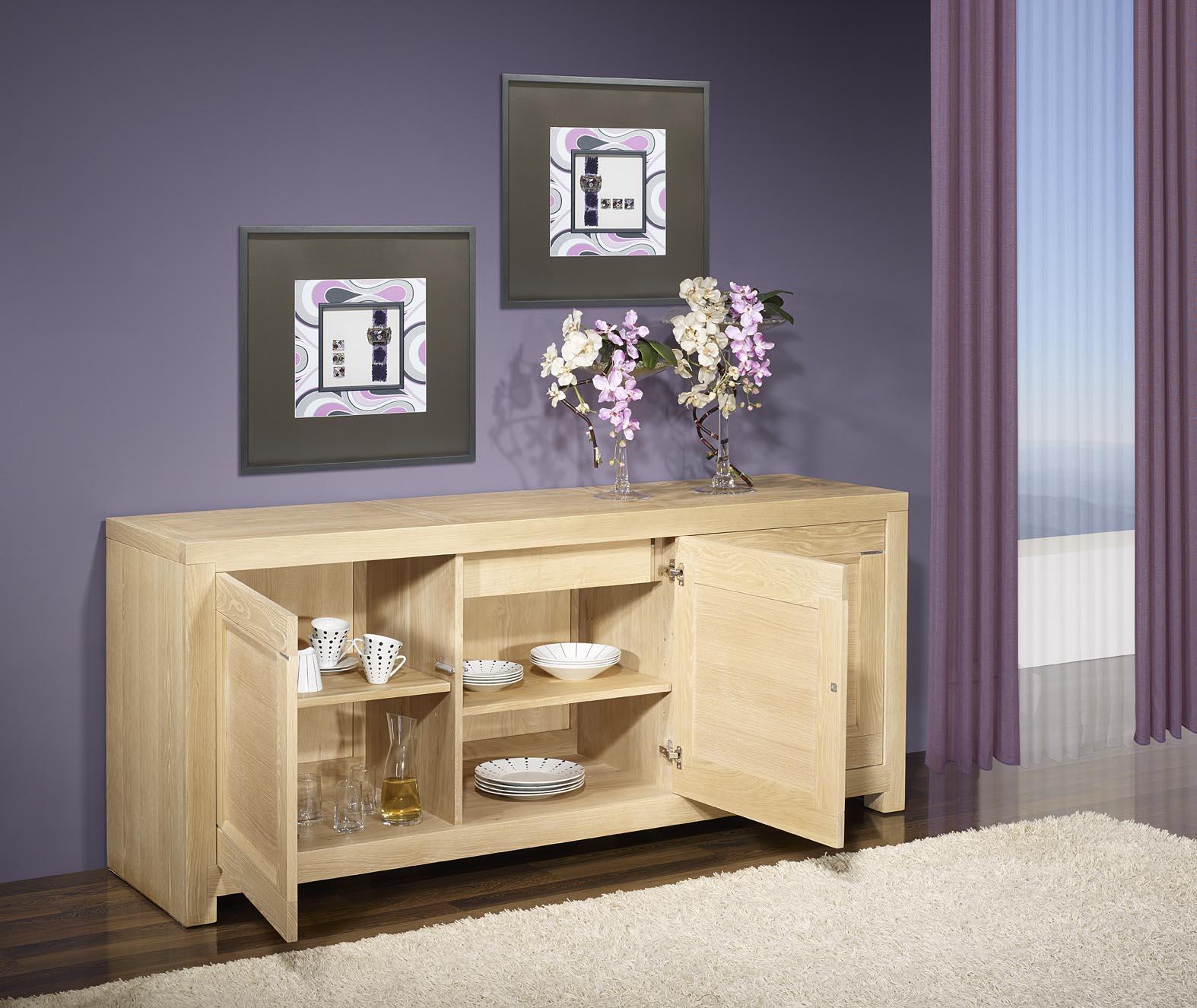 bahut 3 portes en ch ne massif de ligne contemporaine finition ch ne bross blanchi meuble en. Black Bedroom Furniture Sets. Home Design Ideas