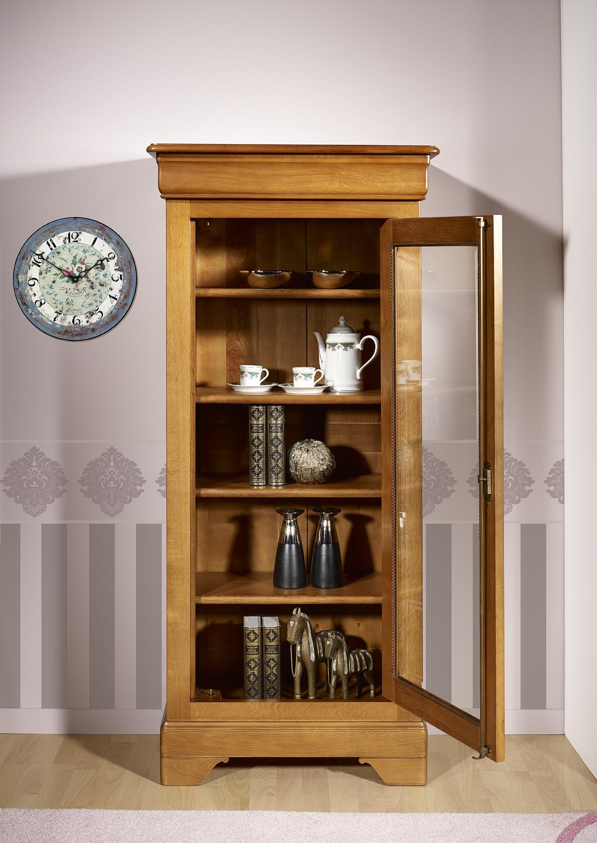 vitrine 1 porte en ch ne massif de style louis philippe meuble en ch ne. Black Bedroom Furniture Sets. Home Design Ideas