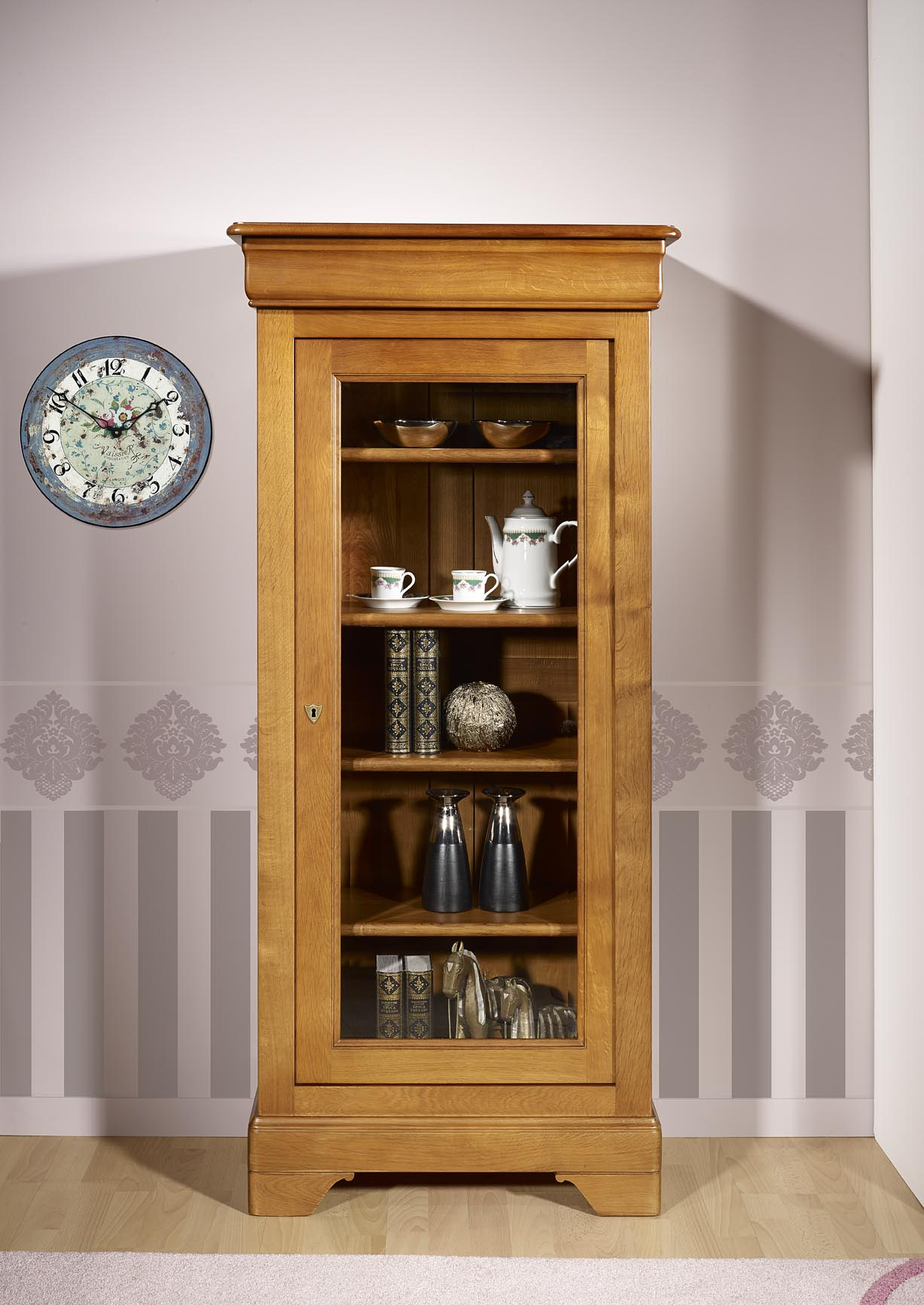 vitrine 1 porte en ch ne massif de style louis philippe meuble en ch ne. Black Bedroom Furniture Sets. Home Design Ideas