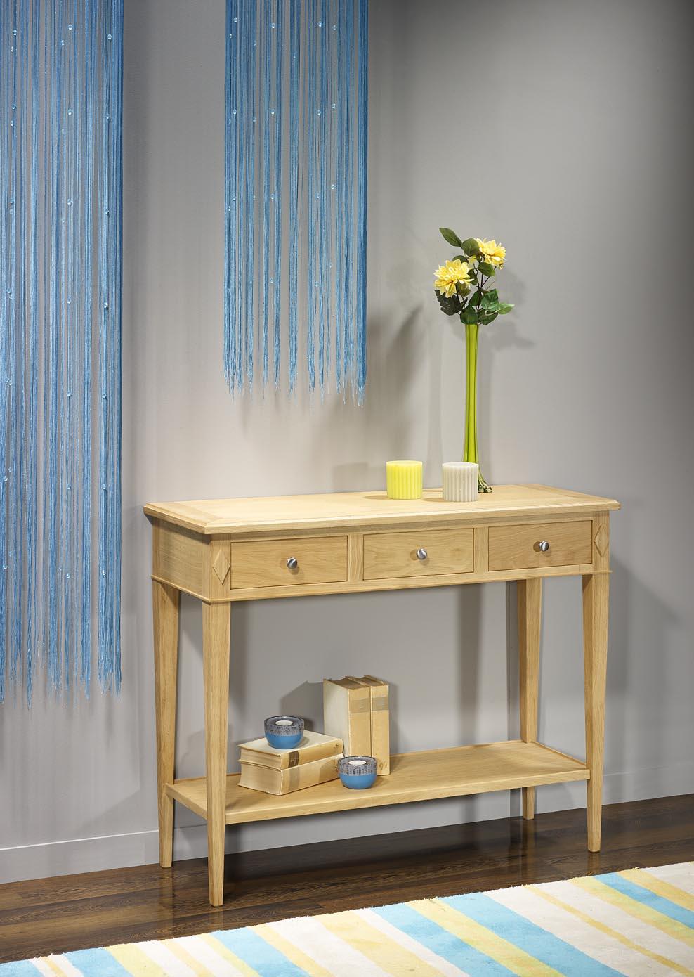 console en ch ne de style directoire finition ch ne bross naturel meuble en ch ne. Black Bedroom Furniture Sets. Home Design Ideas