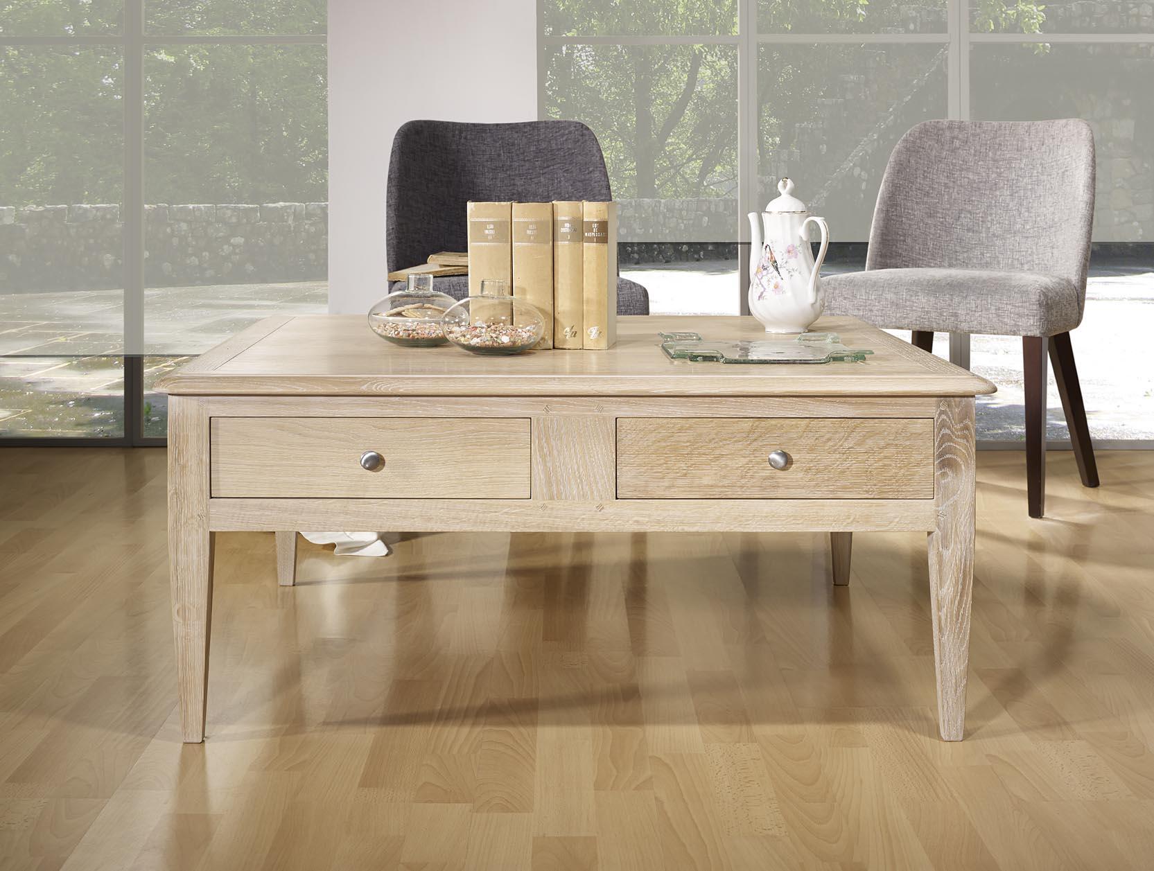 table basse carr e em ch ne de style directoire meuble en ch ne. Black Bedroom Furniture Sets. Home Design Ideas
