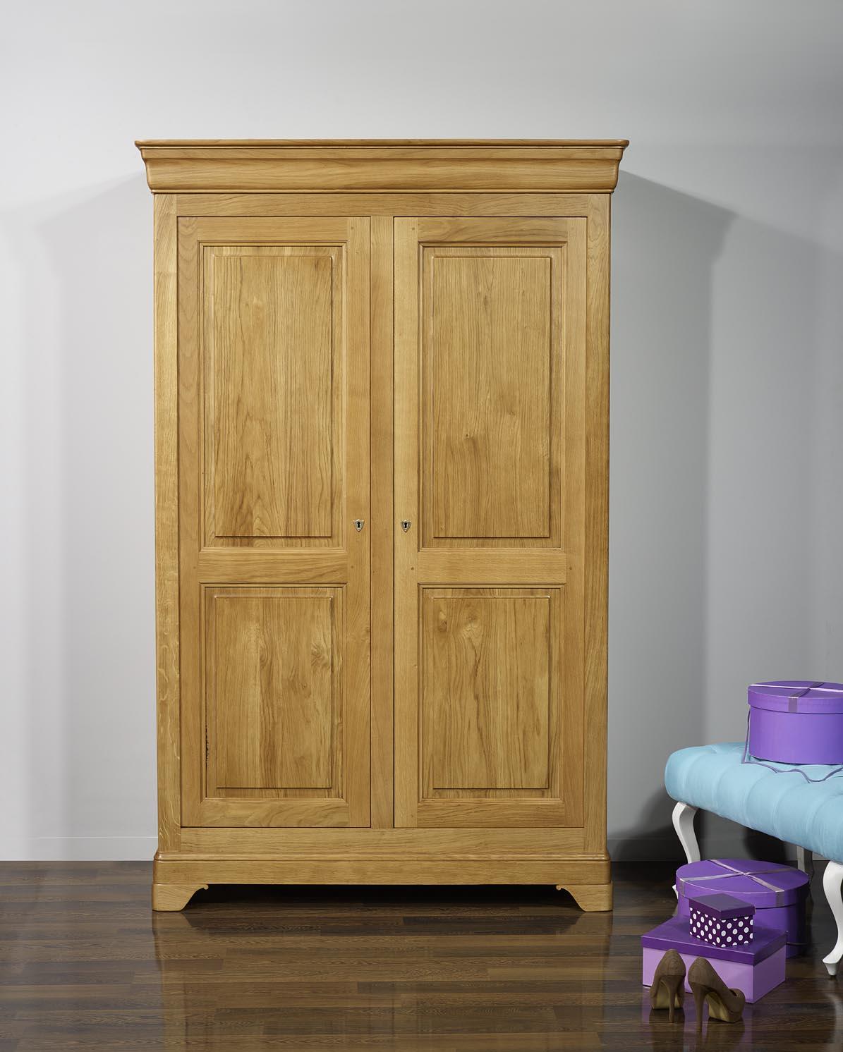 armoire 2 portes st phane en ch ne massif de style louis philippe finition ch ne ch ne dor. Black Bedroom Furniture Sets. Home Design Ideas