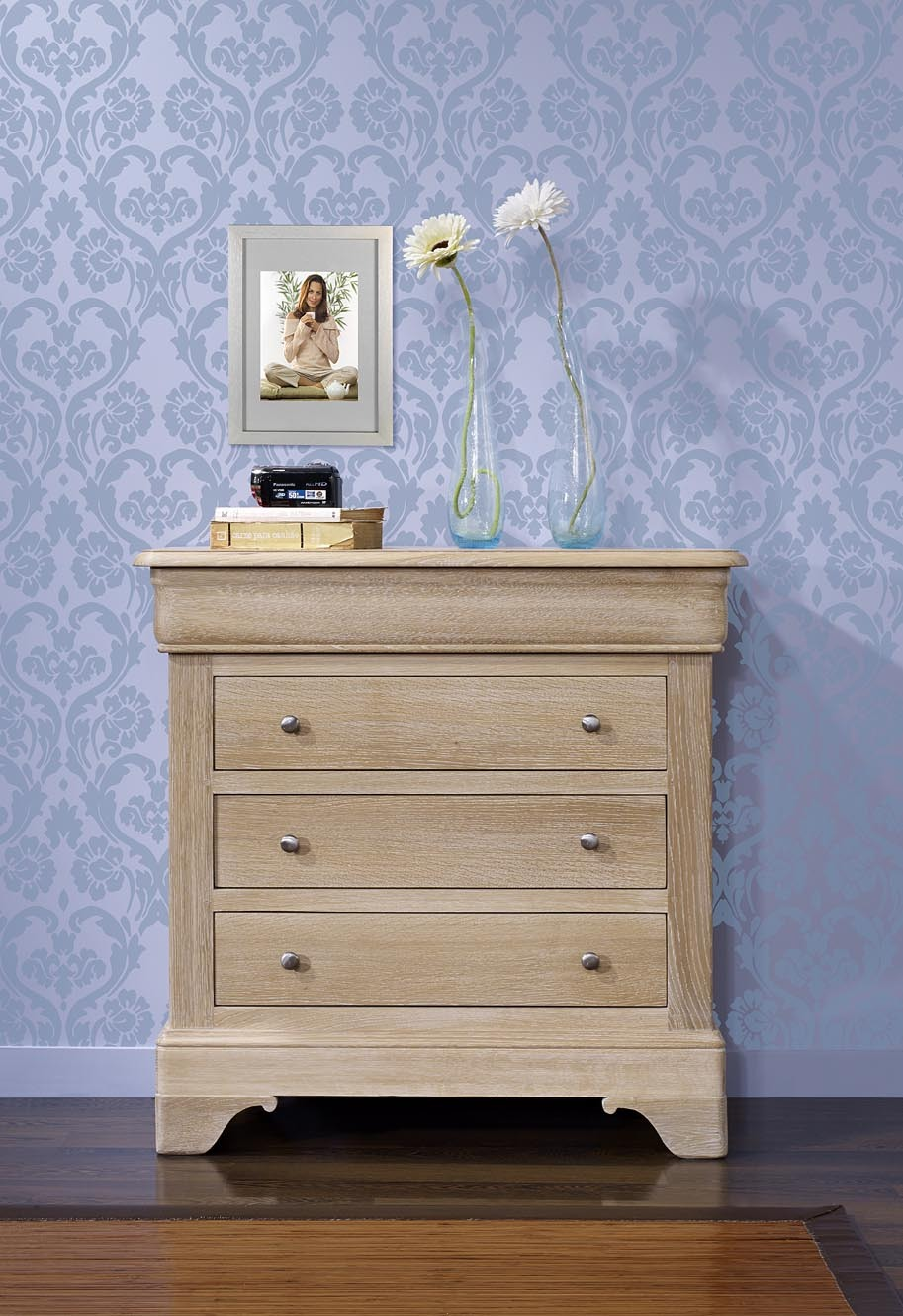 commode 4 tiroirs en ch ne de style louis philippe. Black Bedroom Furniture Sets. Home Design Ideas