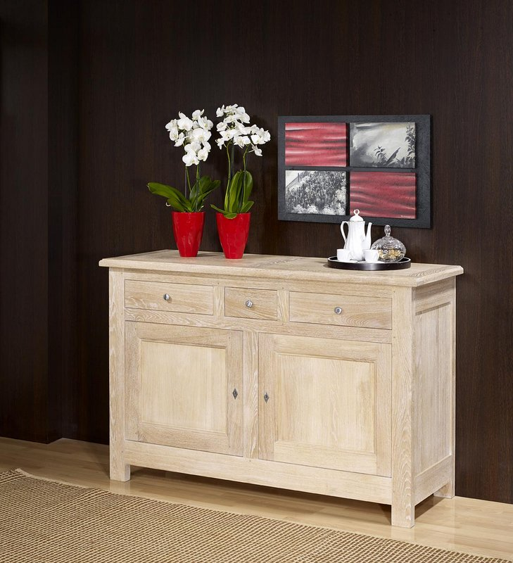 buffet 2 portes en ch ne massif de style campagnard. Black Bedroom Furniture Sets. Home Design Ideas