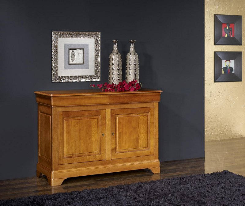 buffet 2 portes en ch ne massif de style louis philippe meuble en ch ne. Black Bedroom Furniture Sets. Home Design Ideas