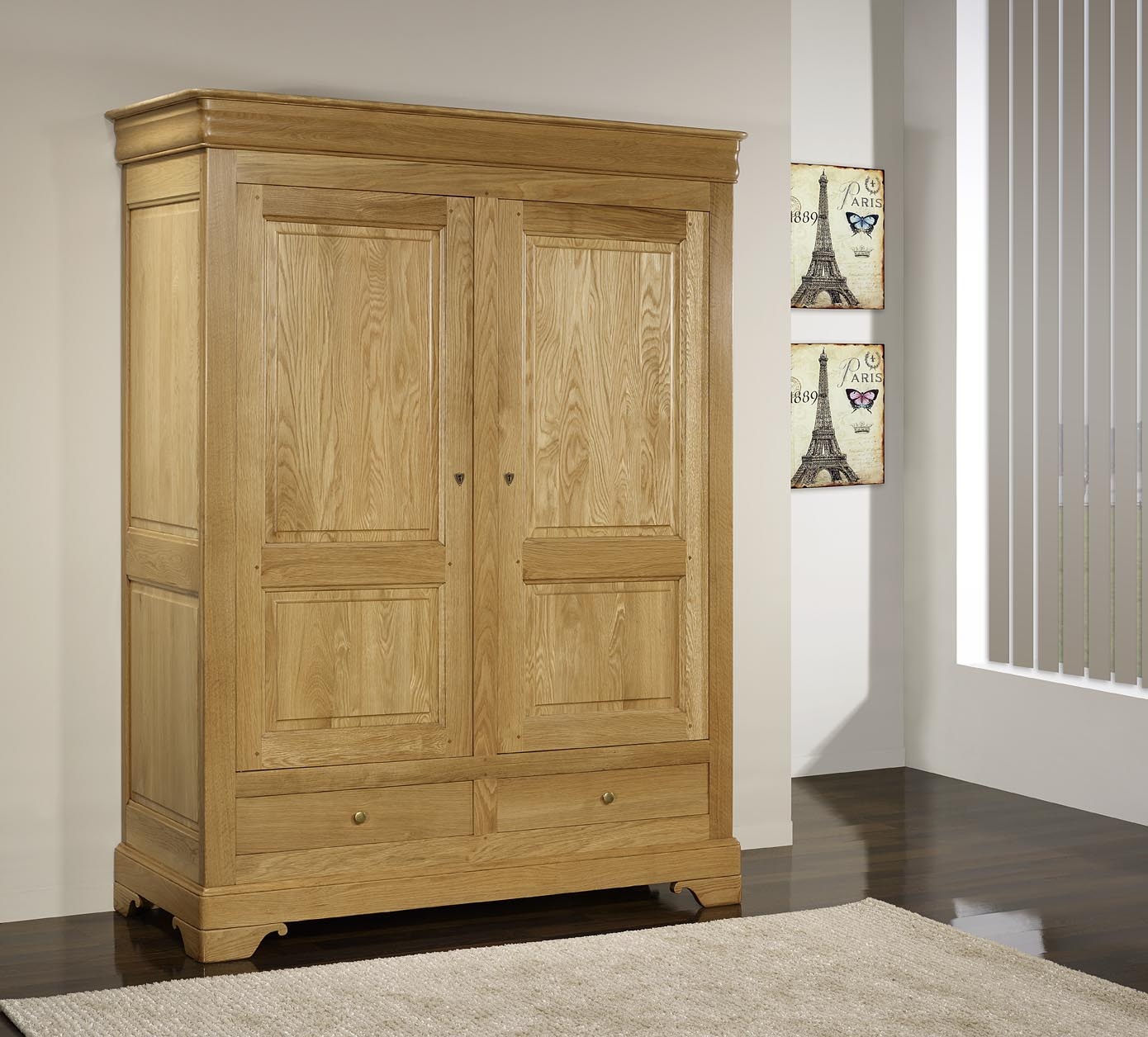 Armoire 2 portes 2 tiroirs en ch ne massif de style louis - Armoire ancienne 2 portes ...