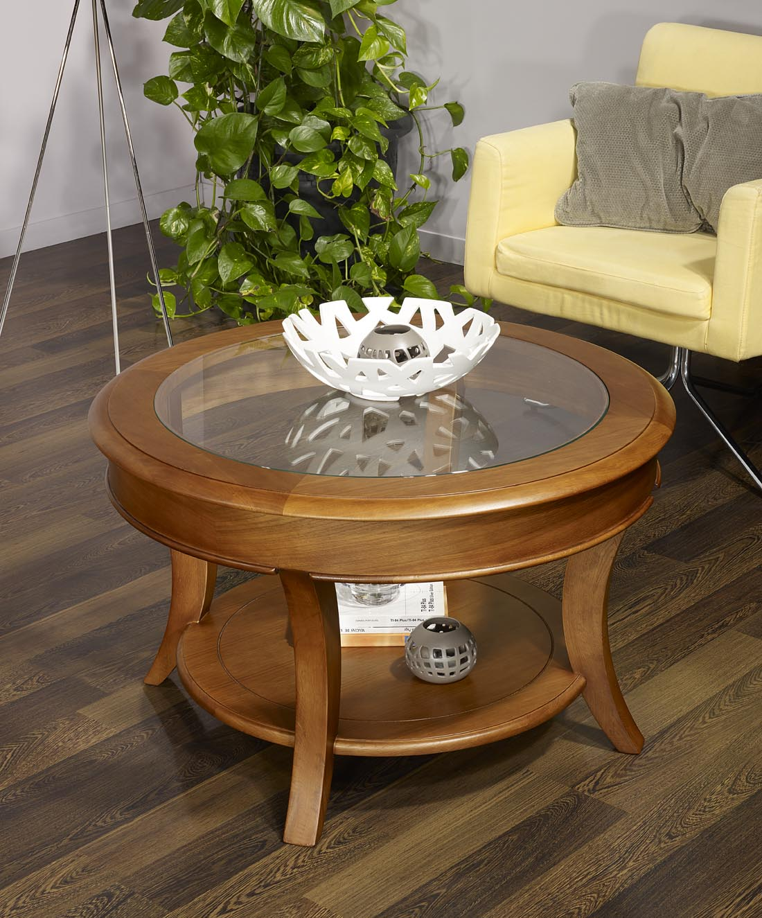 Table basse ronde ga l en ch ne massif de style louis for Table salon bois massif
