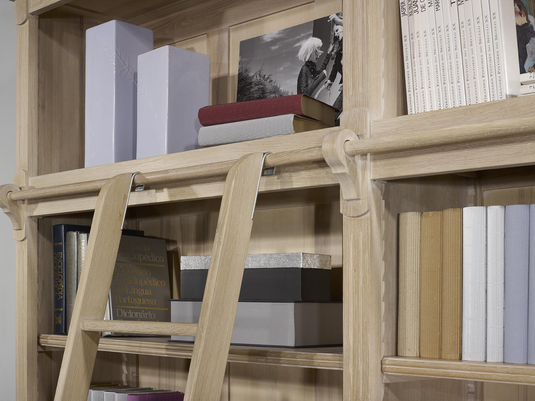 Biblioth Que 2 Corps 4 Portes En Ch Ne Massif De Style Directoire  # Grande Bibliotheque Avec Porte Coulissante