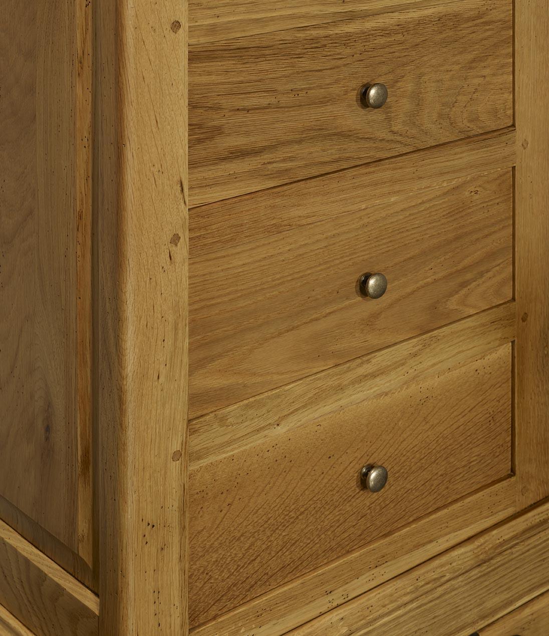 chiffonnier 5 tiroirs en ch ne massif de style louis philippe meuble en ch ne. Black Bedroom Furniture Sets. Home Design Ideas