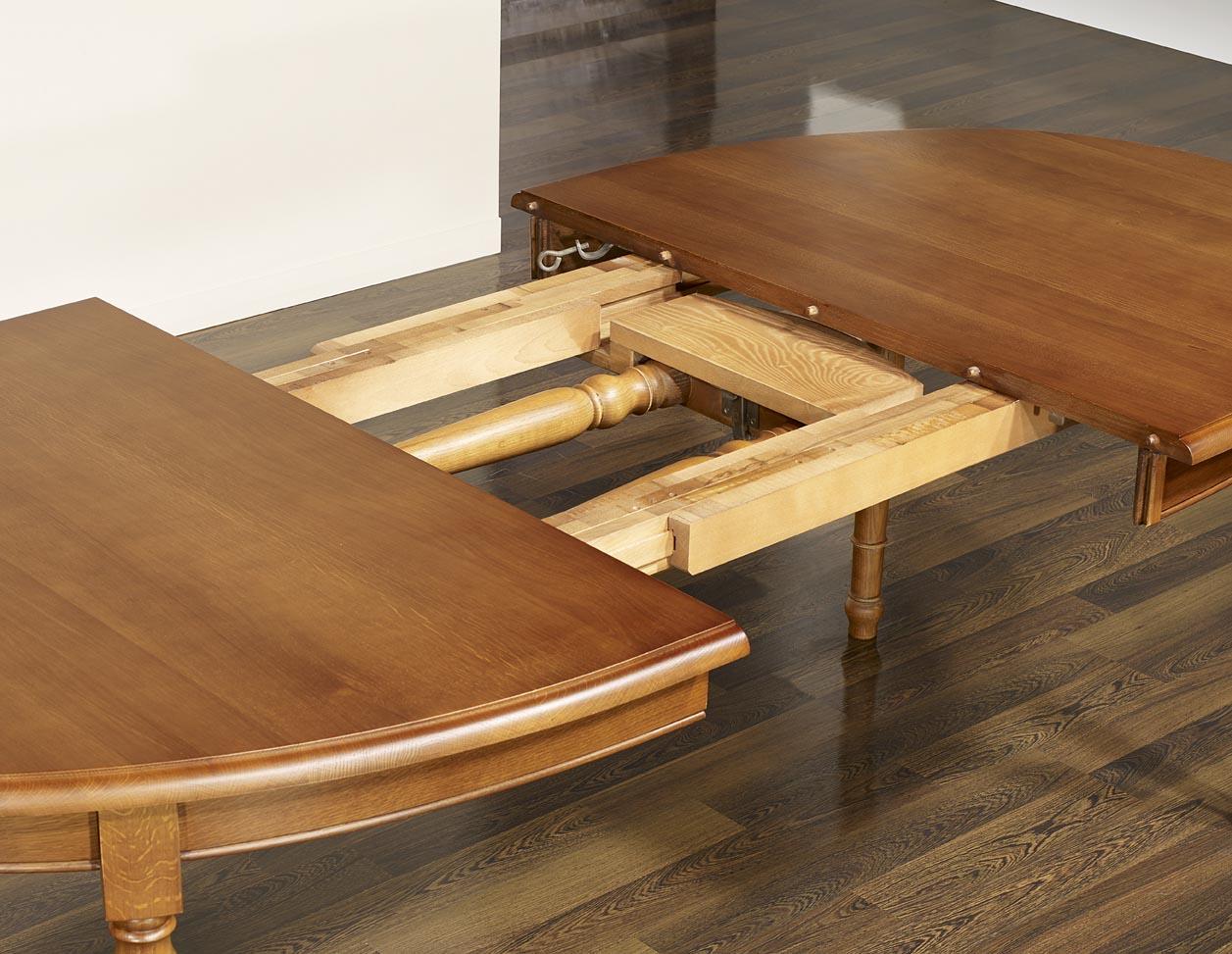 Table ovale 170x110 en ch ne massif de style louis for Table en chene massif avec rallonges