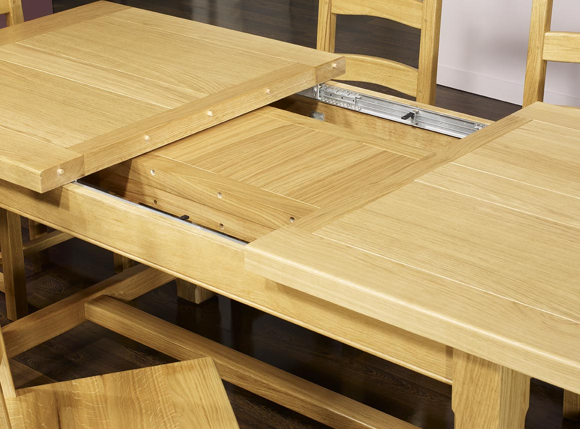 table de ferme rectangulaire axel en ch ne massif 160x100. Black Bedroom Furniture Sets. Home Design Ideas