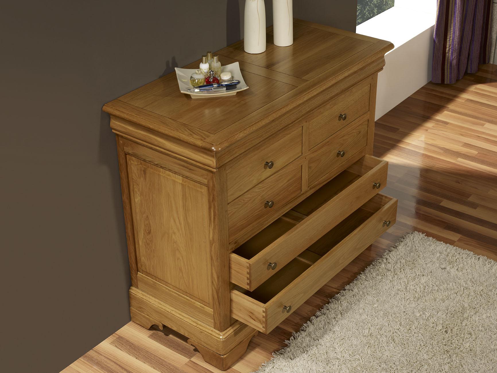 commode 7 tiroirs en ch ne massif de style louis philippe finition ch ne dor meuble en ch ne. Black Bedroom Furniture Sets. Home Design Ideas