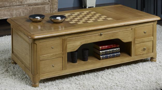 table basse jeu d 39 chec en ch ne de style louis philippe meuble en ch ne. Black Bedroom Furniture Sets. Home Design Ideas
