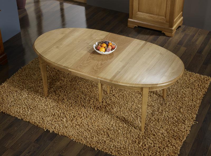table ovale mona en ch ne massif de style louis philippe. Black Bedroom Furniture Sets. Home Design Ideas