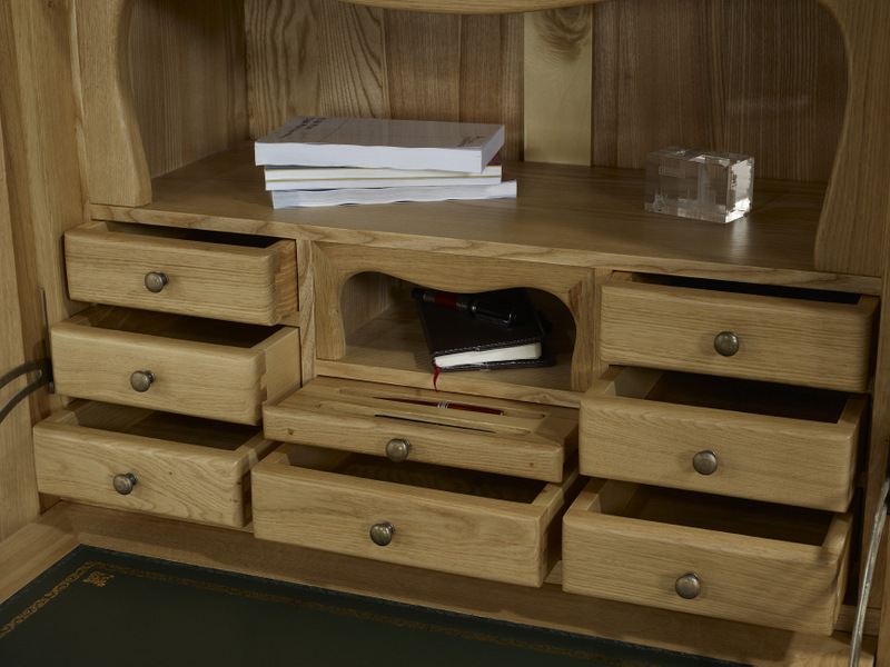 secr taire jade en ch ne massif de style louis philippe meuble en ch ne. Black Bedroom Furniture Sets. Home Design Ideas