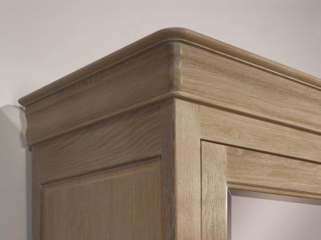 armoire 2 portes en ch ne massif de style louis philippe finition ch ne bross blanchi meuble. Black Bedroom Furniture Sets. Home Design Ideas