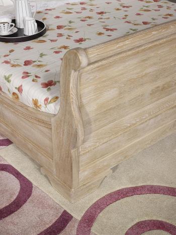 lit bateau en ch ne massif 160 200 de style louis philippe finition ch ne bross blanchi. Black Bedroom Furniture Sets. Home Design Ideas