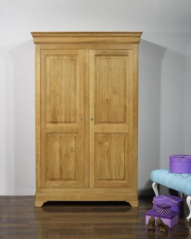 armoire. Black Bedroom Furniture Sets. Home Design Ideas