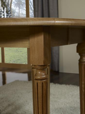 Table ronde volets 8 pieds en ch ne massif de style for Table exterieur 16 personnes